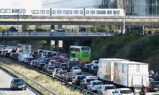 Danish bridges closed due to 'major police operation'
