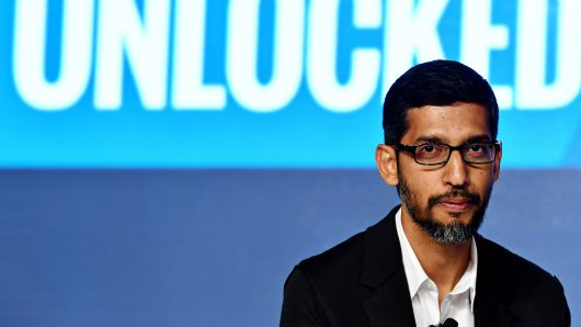 Google races to parry the rise of Facebook