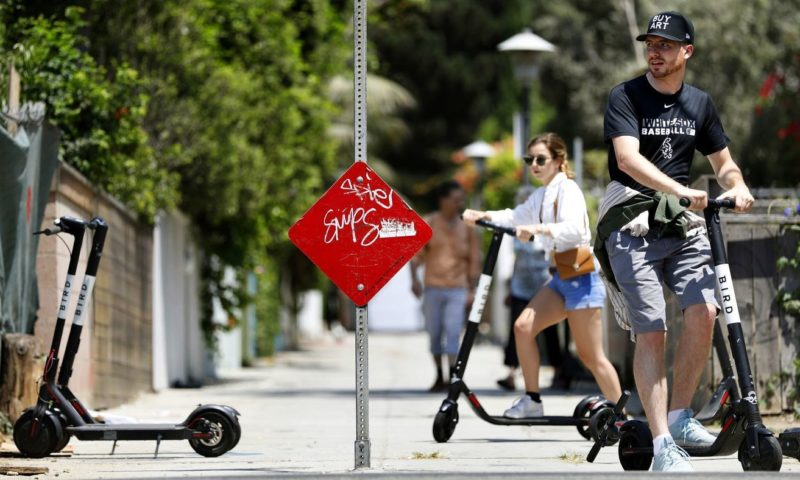 L.A. approves rules for thousands of scooters, with a 15-mph speed limit and aid for low-income riders