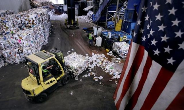 Recycling industry in dumps
