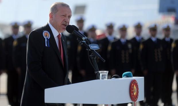 Turkey warns oil companies against drilling near Cyprus