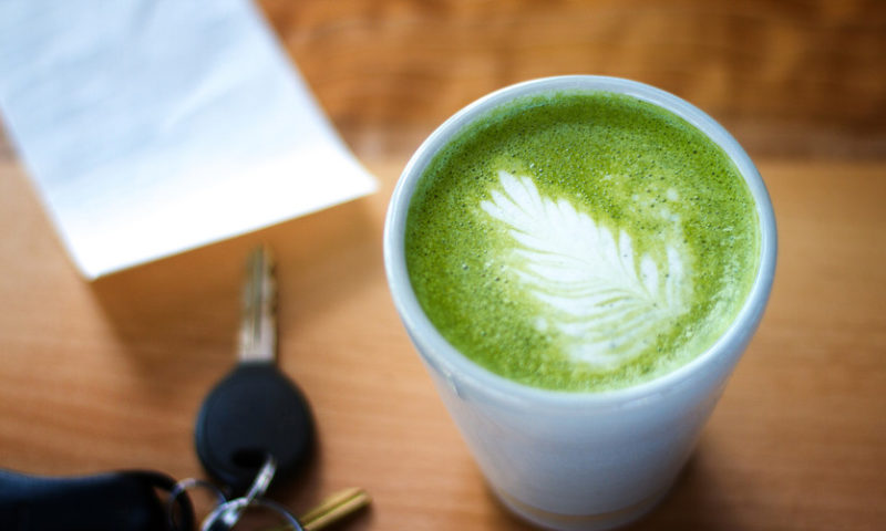 Why people are paying $7 and up for this fancy new tea latte
