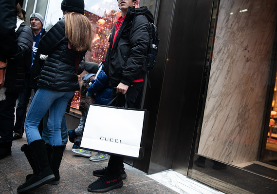 Consumer confidence falls for first time in five months