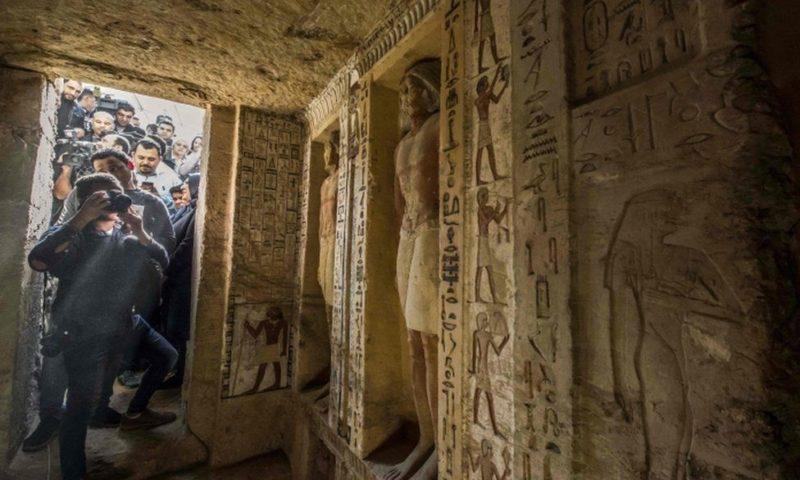 Egypt tomb: Saqqara 'one of a kind' discovery revealed