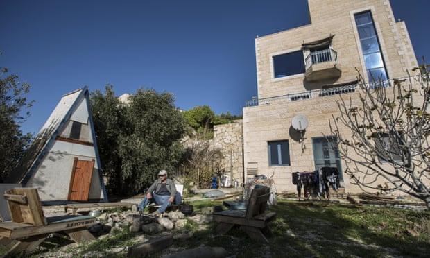 Airbnb denies U-turn on West Bank settlement bookings