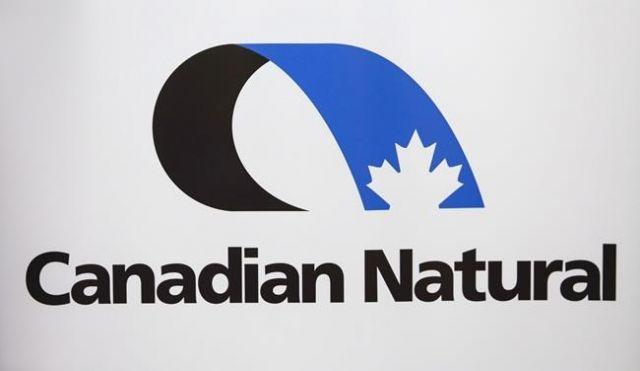 Oilsands firm cuts budget