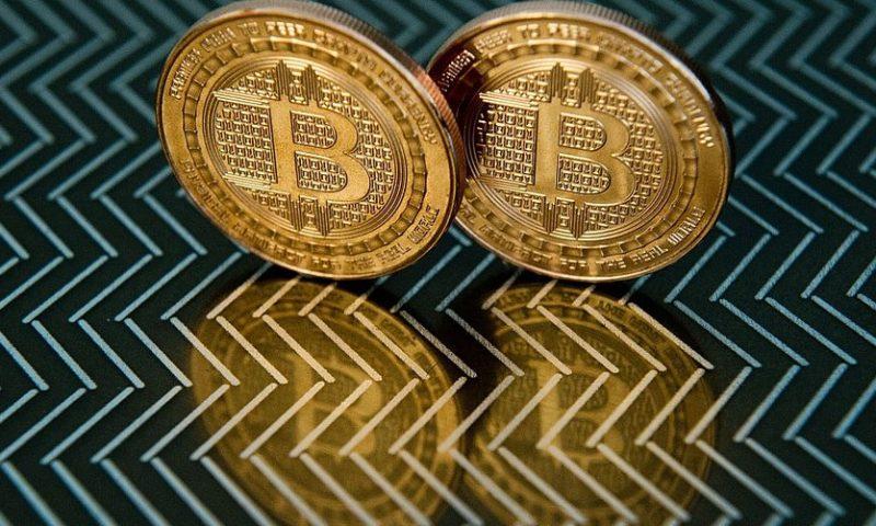 Cryptos slide further as bitcoin nears crucial $3,000 mark