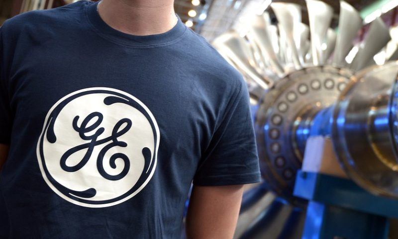 GE stock flirts with fresh lows after analyst hacks price target