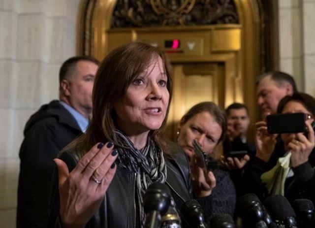 GM lobbies for tax credit