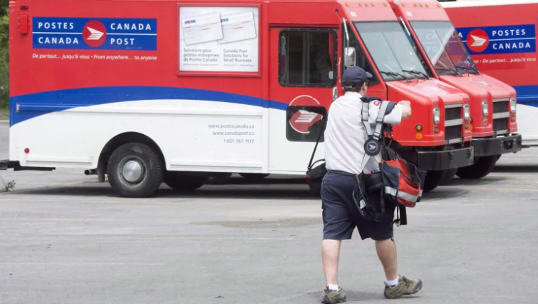 Canada Post union pitches low-income bank, greener tech. But critics ask, who pays the bill?