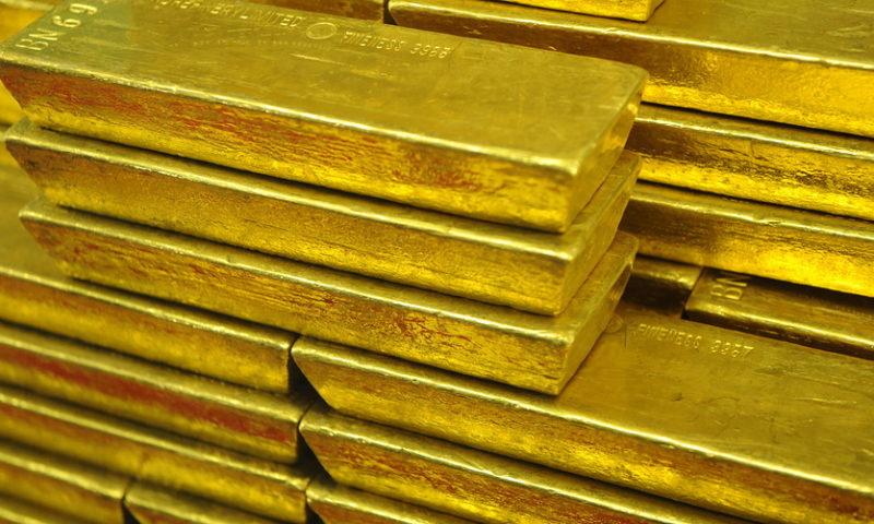 Gold posts longest streak of declines in almost 2 years