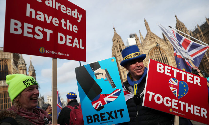 Labour says it could back a new Brexit referendum