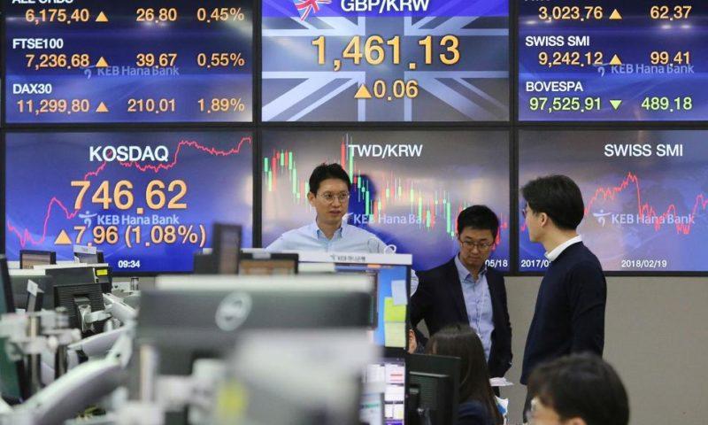 World Stocks Mixed Ahead of Further China-US Trade Talks