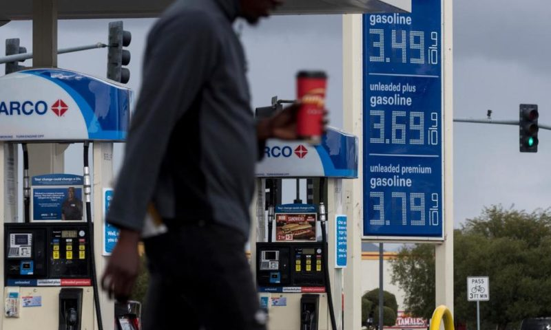 Average US Price of Gas Jumps a Penny Per Gallon, to $2.34