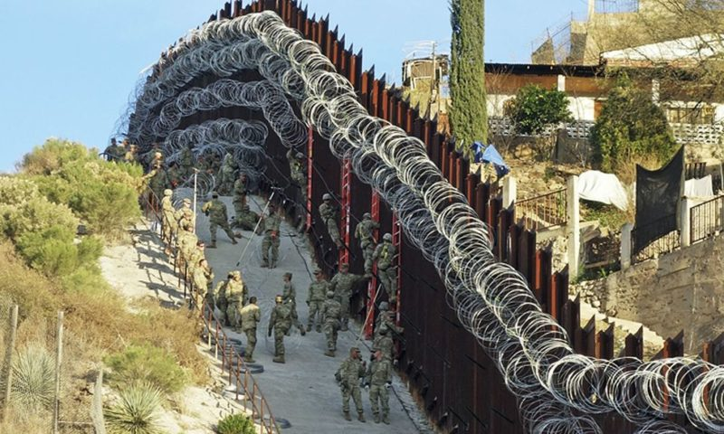Arizona City Officials Demand Government Remove Razor Wire from Border Wall