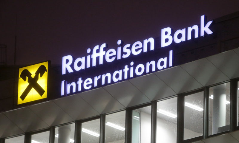 Banks pressure Europe stocks; investors eye China, Wall Street