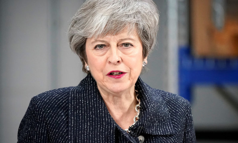 Top Brexit backers warn May against delaying withdrawal