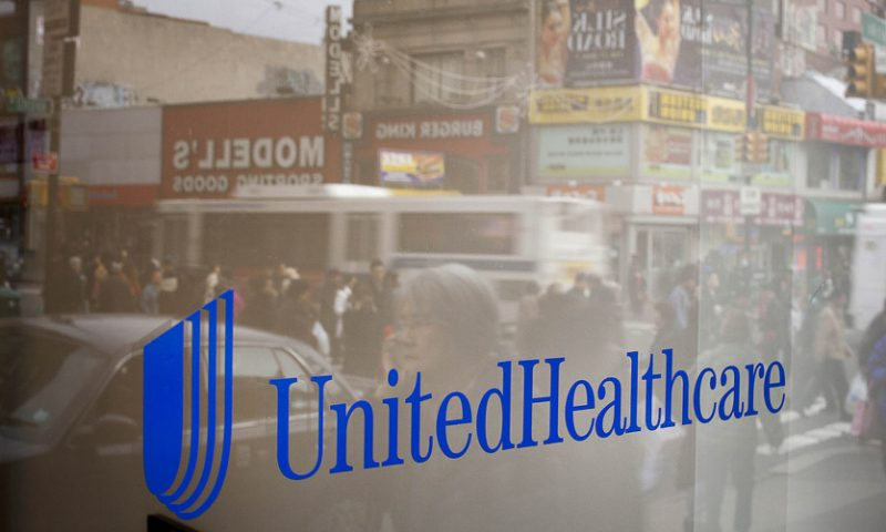 UnitedHealth stock falls despite earnings beat, signaling investor jitters over 'Medicare for All'