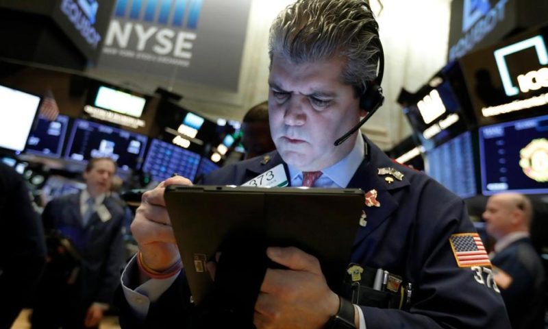 Jobs Rebound Drives US Stocks Higher for Another Weekly Gain