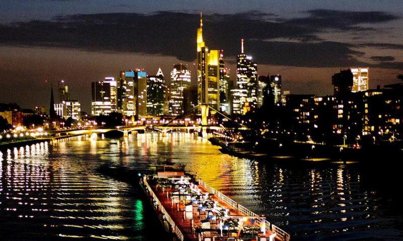 German Business Outlook Darkens Amid Trade Slowdown