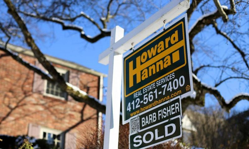 US Long-Term Mortgage Rates Decline; 30-Year Average 4.10%