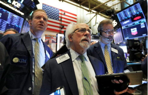 US Stocks Rise After Fed Signals Future Rate Cuts
