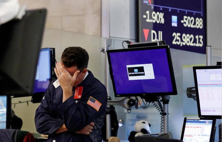 Asian Stocks Follow Wall Street Lower as Trade War Worsens