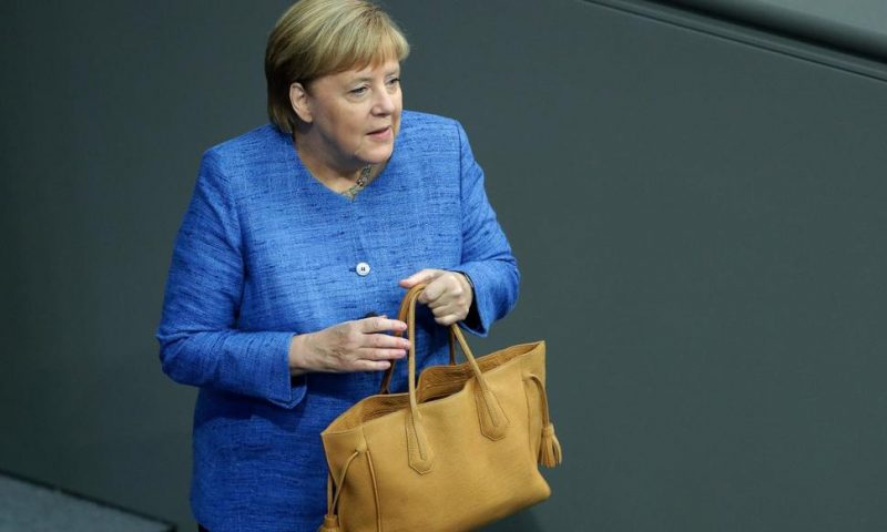 Germany's Merkel Faces Decisive Week on Climate Protection