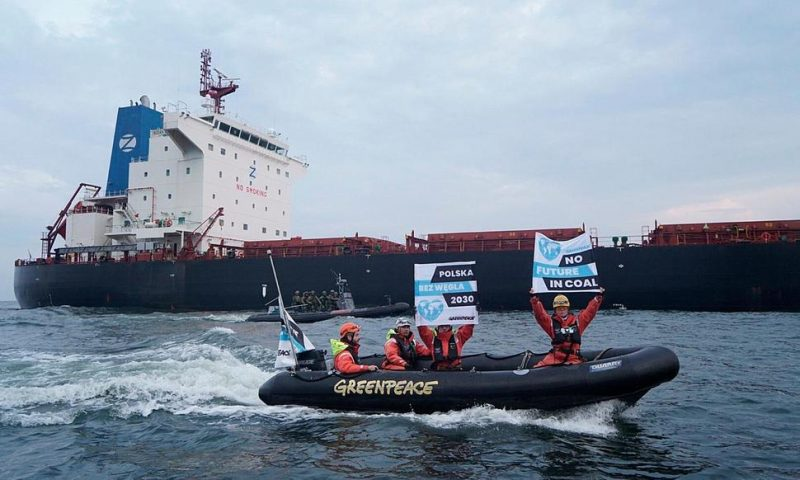 Polish Border Guards Board Greenpeace Ship, End Coal Protest