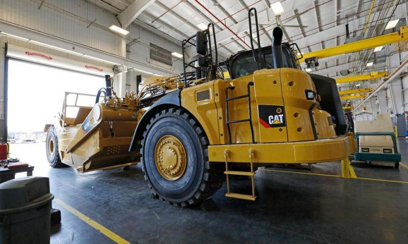 Slowing Global Growth Hits Caterpillar in 3Q