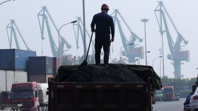 Climate change: Asia 'coal addiction' must end, UN chief warns