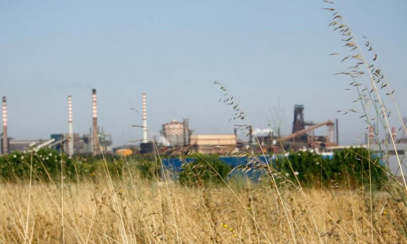 Italy Tries to Convince World's Largest Steelmaker to Stay