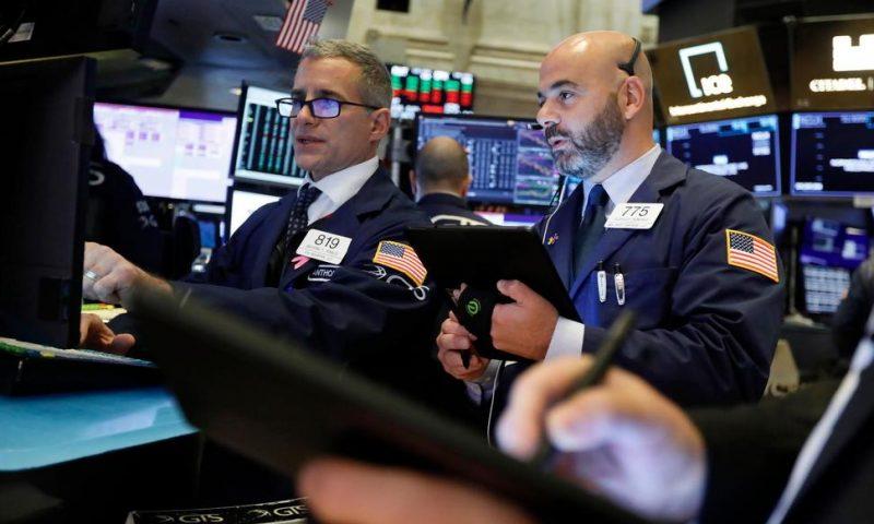 Asian Stocks Sink After Trump Threatens More China Tariffs