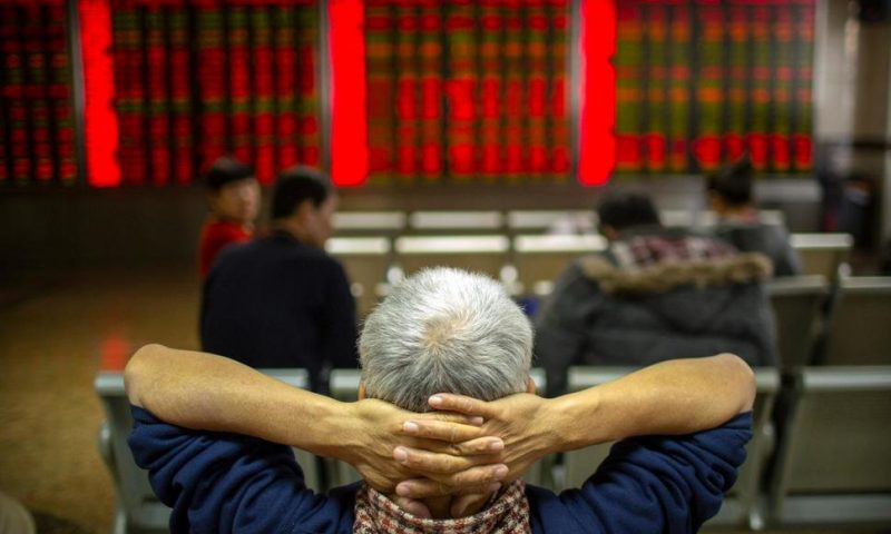 Asian Shares Mostly Higher in Quiet Post-Christmas Trading
