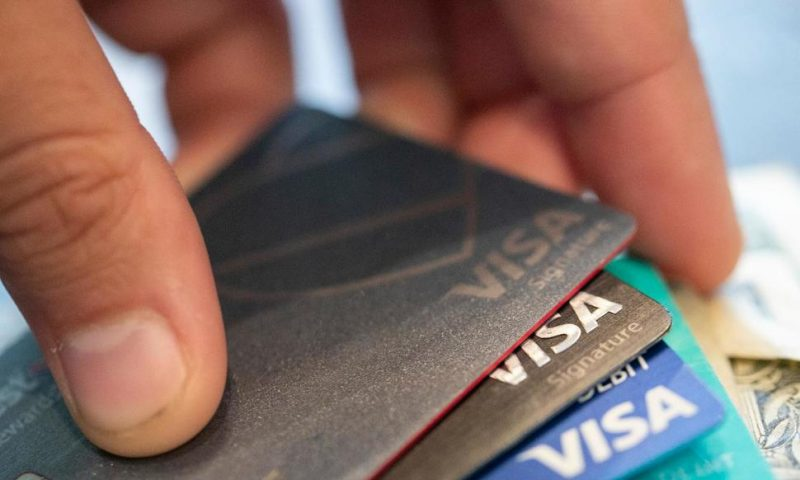 US Consumers Took It Easy on Their Credit Cards in November