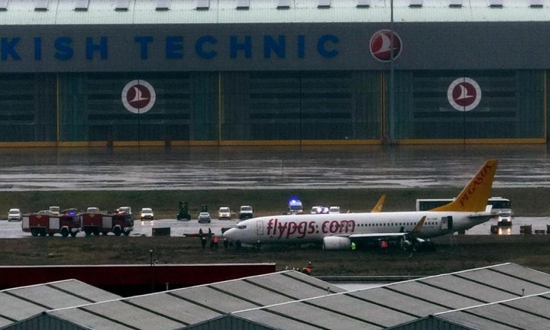 Plane Skids off Runway in Istanbul, Flights Suspended