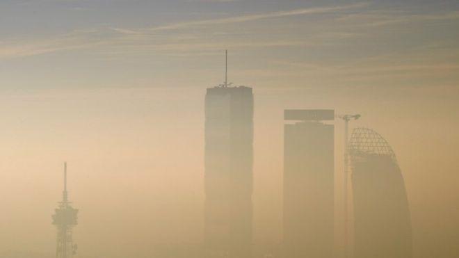 Milan car ban: Drivers ignore anti-pollution measure