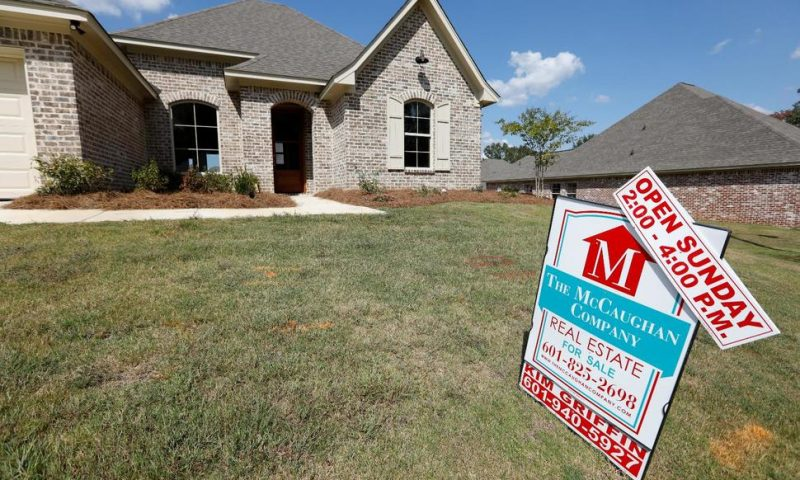 US Mortgage Rates Decline; 30-Year Loan Lowest in 3 Years