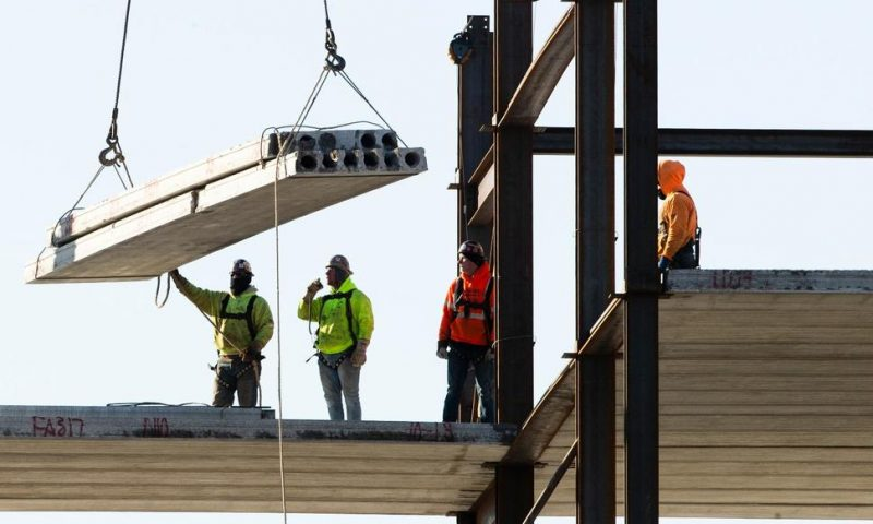 US Construction Spending Dips 0.2% in December
