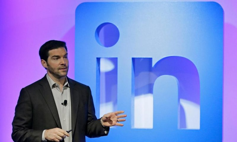 LinkedIn CEO Steps Aside After 11 Years, Says Time Is Right