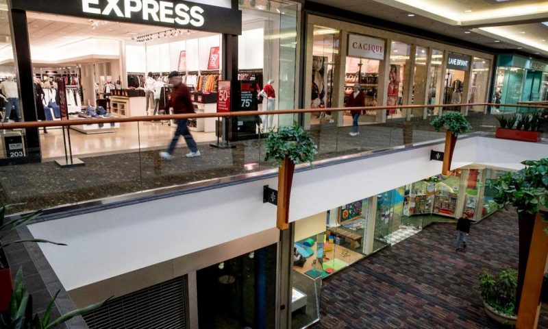 Mall Owners Among Group Bidding $81 Million for Forever 21