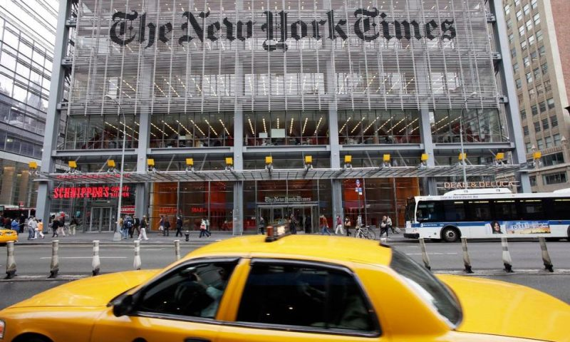 NY Times Publisher's 4Q Profit Grows as It Adds Subscribers