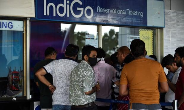 India suspends domestic flights as coronavirus spreads
