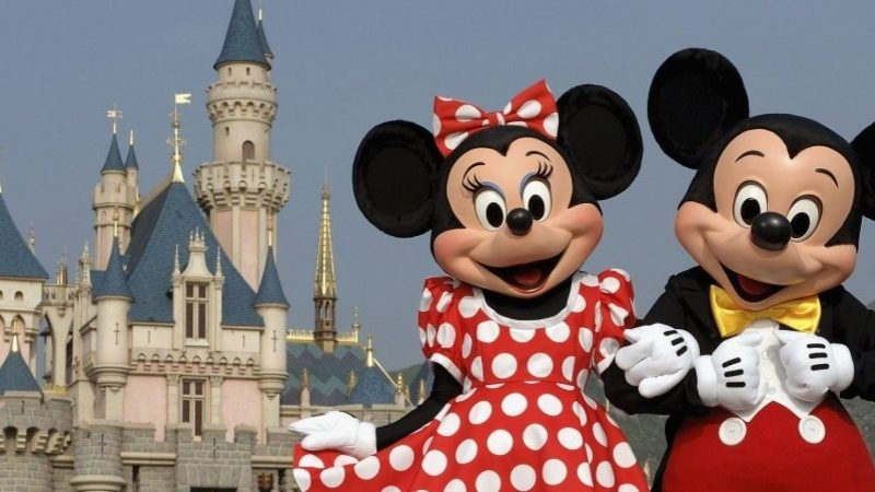 Walt Disney, 3M share losses contribute to Dow's 661-point fall