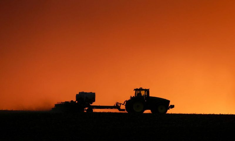 US Farmers Leaning More Heavily on Government Loan Programs