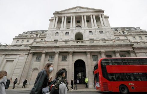 Bank of England Says Economy Will Take Time to Heal