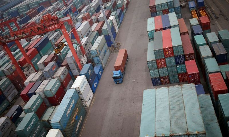 South Korea's exports fall 3.6% on year in October