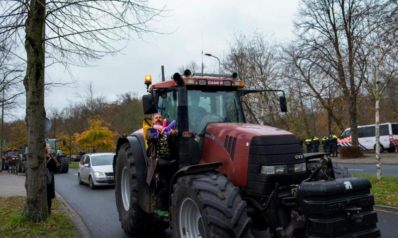 Dutch Farmers Protest Reining in Nitrogen Oxide Emissions