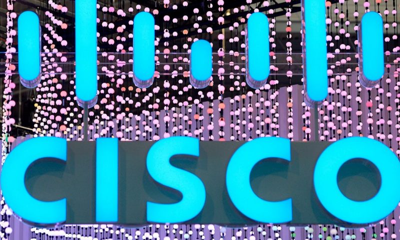 Cisco stock rallies 8% as results, outlook top Street view