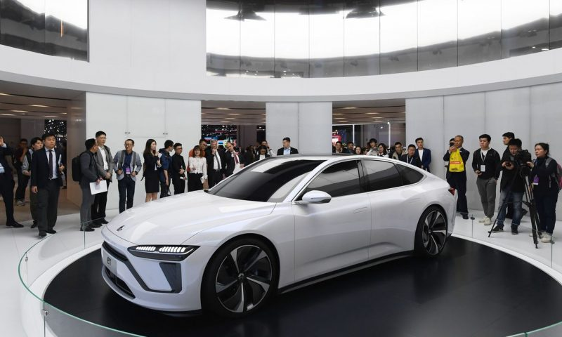 Nio's quarterly loss narrows, but stock falls